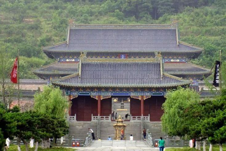 Нефритовый дворец